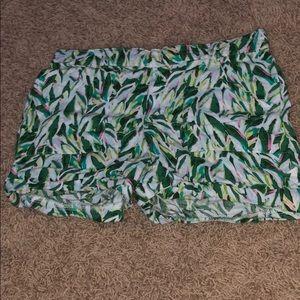 Palm tree leaf shorts